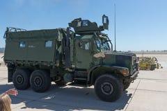 Военные транспортные средства выполняя на авиасалоне Miramar Стоковые Фотографии RF