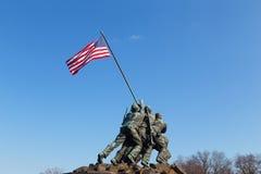 Военный мемориал морской пехот на заходе солнца Стоковые Изображения