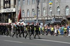 Военный парад в украинской столице стоковые изображения