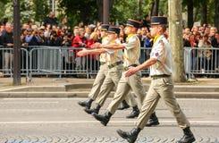 Военный парад (дефиле) во время церемонии французского национального праздника, бульвара Elysee чемпионов Стоковые Фото