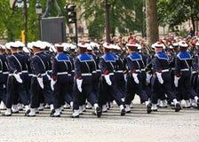 Военный парад (дефиле) во время церемонии французского национального праздника, бульвара Elysee чемпионов Стоковые Изображения