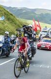 Вожжа Taaramae велосипедиста на Col de Peyresourde - Тур-де-Франс Стоковые Изображения