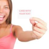возбужденная визитная карточка показывающ женщину Стоковое фото RF