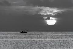 Возвращающ к порту перед штормом Стоковые Фото