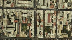 Воздушная верхняя часть вниз осматривает rishing съемку известного района Montparnasse в Париже, Франции Стоковые Изображения RF