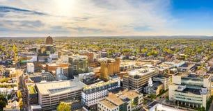 Воздушная панорама Аллентаун, горизонт Пенсильвании стоковая фотография rf