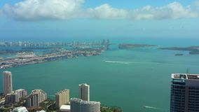 Воздушная панорама залива Майами Brickell видеоматериал