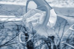 Воздушная подушка взорванная на автомобильной катастрофе Автокатастрофа и воздушная подушка работаемые хорошо Стоковое Фото