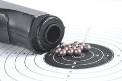 Воздушная пушка и пули Стоковые Изображения RF