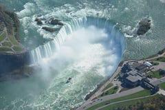 Воздушная съемка падений Ниагарского Водопада Онтарио подковы Стоковые Фотографии RF
