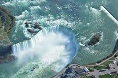 Воздушная съемка падений Ниагарского Водопада Онтарио подковы Стоковое Изображение