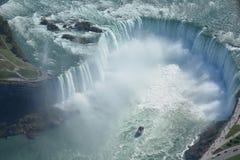 Воздушная съемка падений Ниагарского Водопада Онтарио подковы Стоковые Изображения RF
