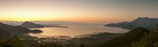 Воздушное озеро Skadar панорамы стоковые фотографии rf