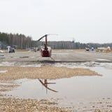 Воздушное судно - различные вертолеты и строгает припаркованный и в полете Стоковое Изображение