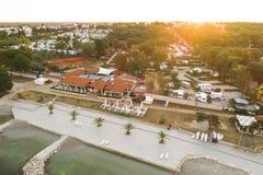 Воздушное фото располагаться лагерем около novigrad, istria Стоковые Фотографии RF