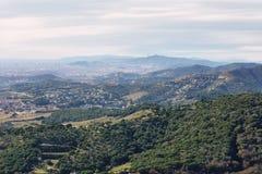 воздушное tibidabo горизонта горы города barcelona к взгляду Стоковая Фотография RF