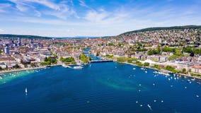 воздушное timelapse hyperlapse 4K города Цюрих в Швейцарии - UHD видеоматериал