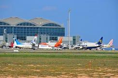 Воздушные судн на авиапорте Аликанте Стоковая Фотография