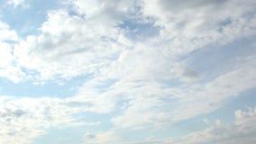 Воздушные судн облаков неба городка захода солнца восхода солнца промежутка времени сток-видео
