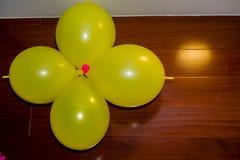 Воздушные шары желтого цвета Стоковая Фотография