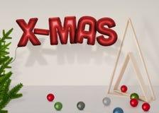 Воздушные шары и украшение рождества Подготовки для рождественских вечеринок бесплатная иллюстрация