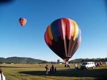 воздушные шары с принимать стоковые изображения