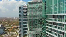 Воздушные highrise башни Майами Brickell сток-видео