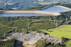 воздушный взгляд гидроэлектрического завода сельской местности Стоковые Изображения RF