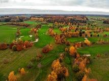 воздушный взгляд гольфа курса стоковое изображение