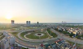 Воздушный взгляд горизонта перекрестков улица Duong Vuong - улица Cong хиа Vo - улица Co Au к мосту Nhat Tan Городской пейзаж Хан Стоковая Фотография