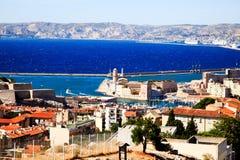 воздушный взгляд марселя гавани города стоковые фотографии rf
