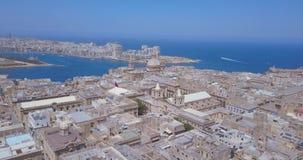 Воздушный взгляд панорамы старой столицы Валлетты, Мальты сток-видео