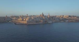Воздушный взгляд панорамы старой столицы Валлетты, Мальты акции видеоматериалы