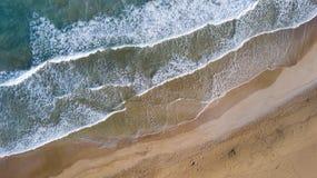 воздушный взгляд пляжа стоковые изображения rf