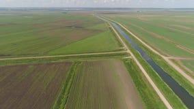 воздушный взгляд сельскохозяйствення угодье акции видеоматериалы