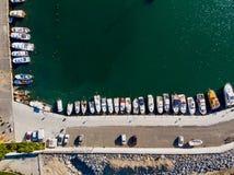 Воздушный взгляд трутня пристани Марины в Yenikapi Bakirkoy/взморье Стамбула в Турции стоковая фотография