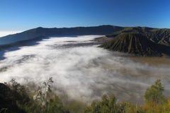 воздушный взгляд mt bromo стоковые изображения rf