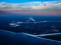 воздушный восход солнца над рекой Стоковые Изображения RF