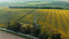 Воздушный лоток 360 вокруг высокого рангоута радио Hunsley видеоматериал