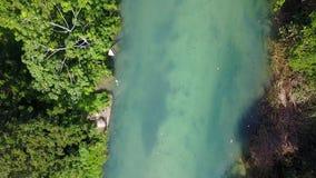Воздушный отснятый видеоматериал White River, Ocho Rios, ямайки акции видеоматериалы