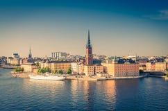 Воздушный панорамный взгляд сверху района Riddarholmen, Стокгольма, s стоковые фотографии rf