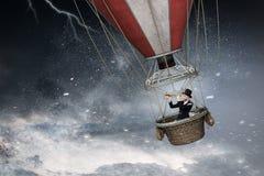 Воздушный шар в шторме Стоковые Фотографии RF