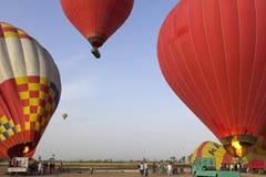 Воздушный шар Летать в горячий воздушный шар Стоковое Фото