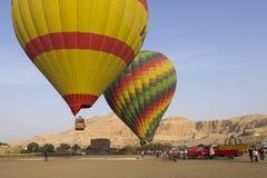Воздушный шар Летать в горячий воздушный шар Стоковое фото RF