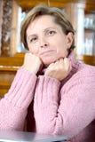 возмужалая женщина портрета стоковое изображение