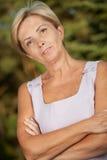 возмужалая женщина стоковое изображение rf