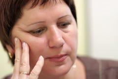возмужалая заботливая женщина Стоковая Фотография