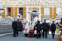 Возникновение официального представителя Папы Фрэнсиса римско-католической церков Стоковые Фотографии RF