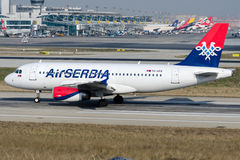 Воздух Сербия YU-APA, аэробус A319-132 Стоковое Фото
