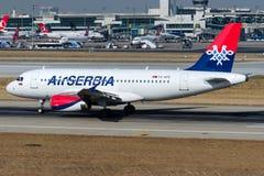 Воздух Сербия YU-APD, аэробус A319-132 Стоковое Изображение